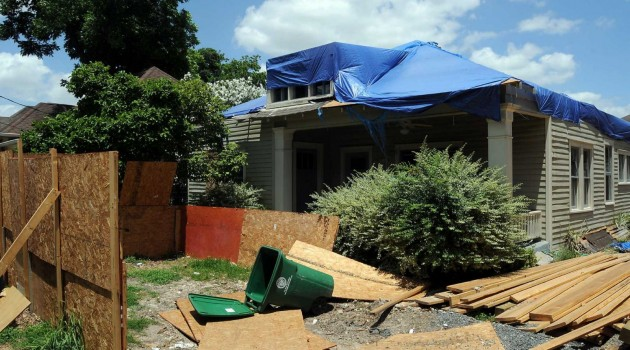 Heights Neighbors Unhappy with Builder Again